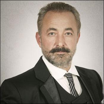 Mehmet Aslantuğ 87